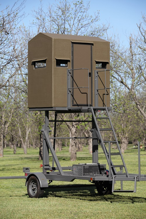 Elevated hunting tower blind the swift lift for Permanent tree stand